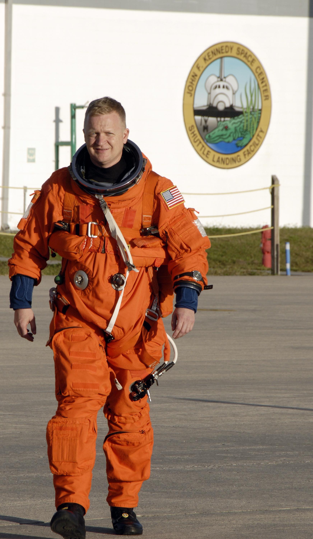 orange space suit training - photo #15