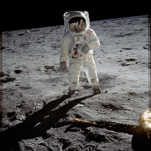 Apollo 11 Astronaut Buzz Aldring walks on the moon